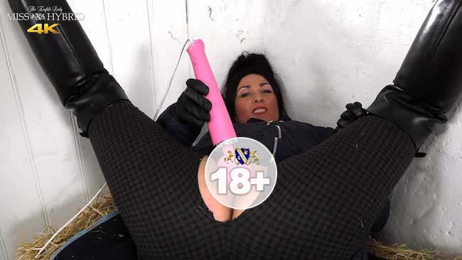Miss Hybrid easy access jodhpurs wet pussy and Magic Wand.