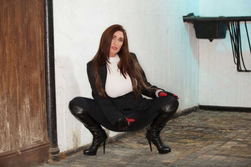 Miss Hybrid easy access jodhpurs and leather thigh boots.